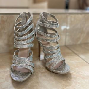 Windsor Sparkly Silver High Heels SIZE 6